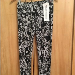 Pants - Women's leggings